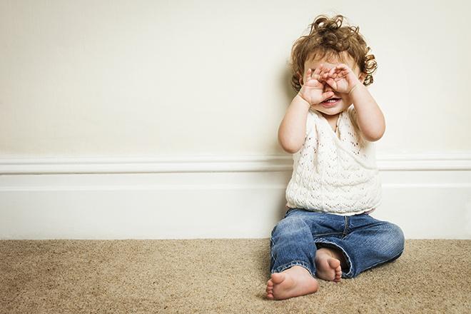 к году ребенок знает 10-15 слов