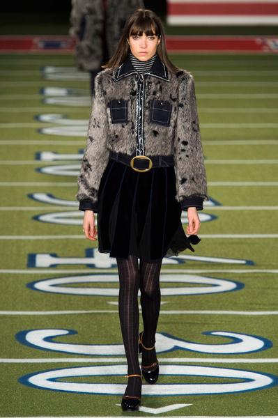 Показ Tommy Hilfiger на Неделе моды в Нью-Йорке | галерея [2] фото [5]