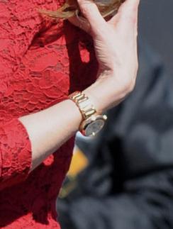 Николь Кидман (Nicole Kidman) любит носит золотые часы