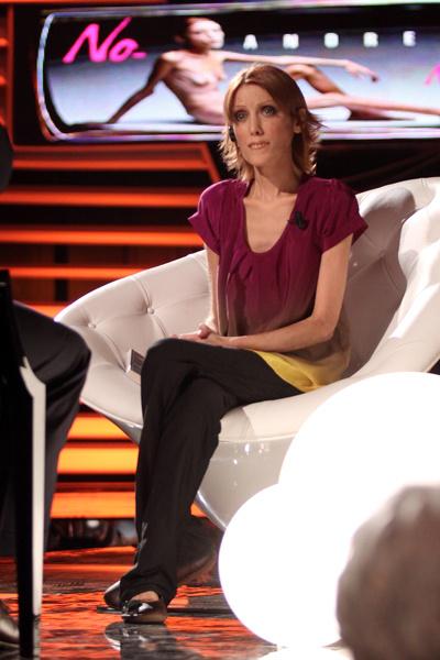 Анорексия болезнь, во Франции против худых моделей