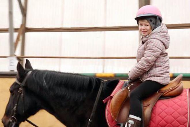 Ярославе Дегтяревой из проекта «Голос. Дети–3» подарили лошадь