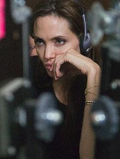 Анджелина Джоли на съемках «В краю крови и меда»