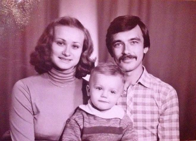 Танцы на ТНТ, новый сезон: Алексей Карпенко с родителями