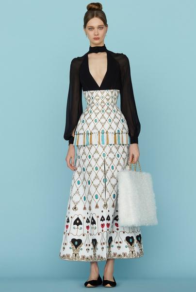 Ульяна Сергеенко представила новую коллекцию на Неделе высокой моды в Париже | галерея [1] фото [5]