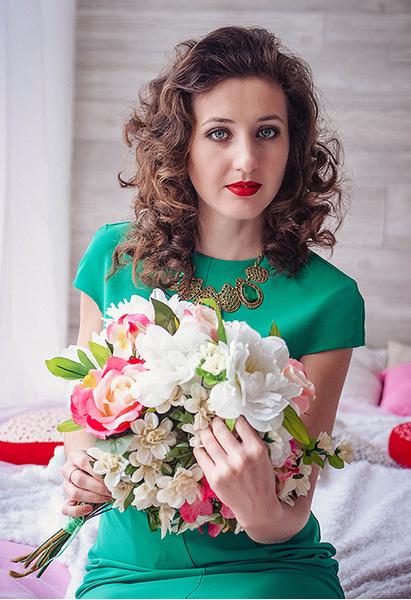 Выпускницы Ростова и области: голосуй за самую красивую девушку
