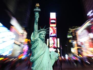 Статуя свободы и Таймс-сквер