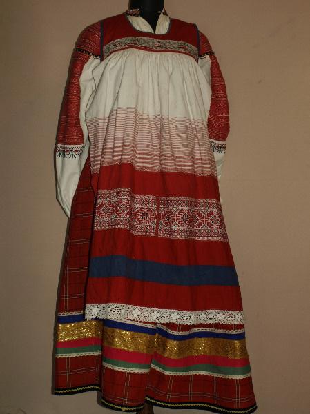 Национальный женский костюм Тульской области
