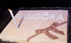 Украшения Pandora: первый год в России