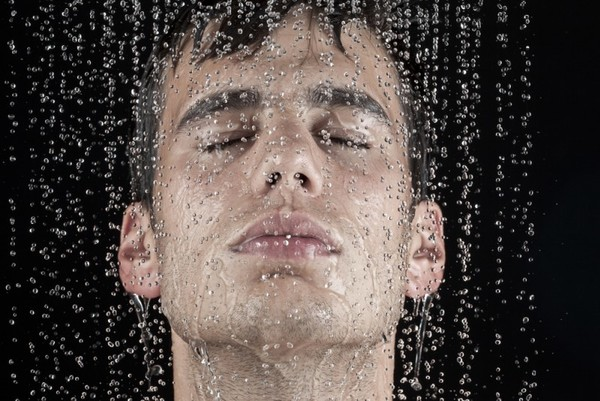 Контрастный душ заменяет секс