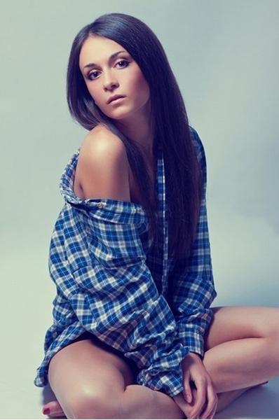 Фотки самых красивых девушек брюнетка фото 95-336