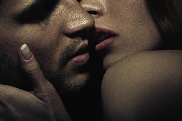 научиться целоваться