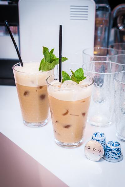 Образ дня: Анка Цицишвили на презентации Nespresso Iced Coffee   галерея [1] фото [2]
