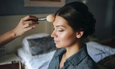 Тренды весеннего макияжа: естественность, сияние и цвет