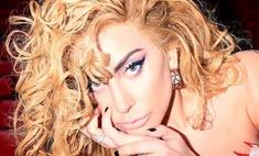 Показала все: леди Гага в купальнике из ниточек