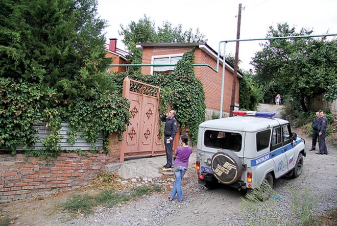 Соседка видела Малахова 6 сентября. Отец ведущего за сына не волновался.