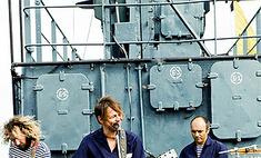 Мумий Тролль переснял «Владивосток 2000»