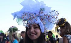 Все дело в шляпе: самые креативные образы в Краснодаре