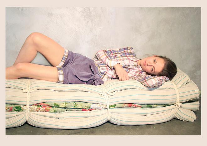 Домашняя одежда может быть красивой и вместе с тем комфортной! На фото – одежда марки Low Fat, представленная в магазине русских дизайнеров «Русская Улица».