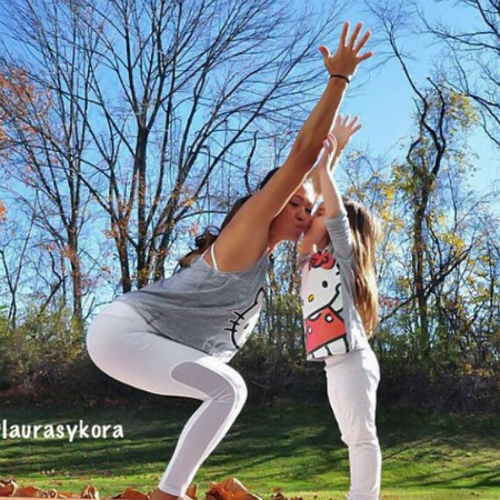 Лаура Сикора фитнес-тренер Instagram фото