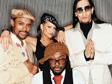 Black Eyed Peas помогают молодым талантам