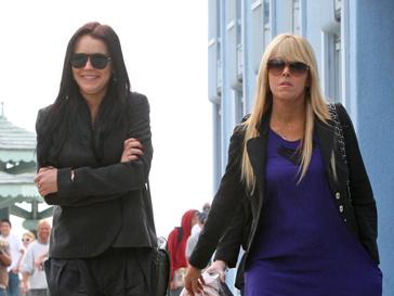 Линдсей и Дина Лохан (Lindsey and Dina Lohan)