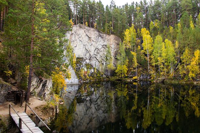Тальков камень, осень на Урале