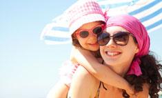 Первая поездка на море: как защитить малыша?