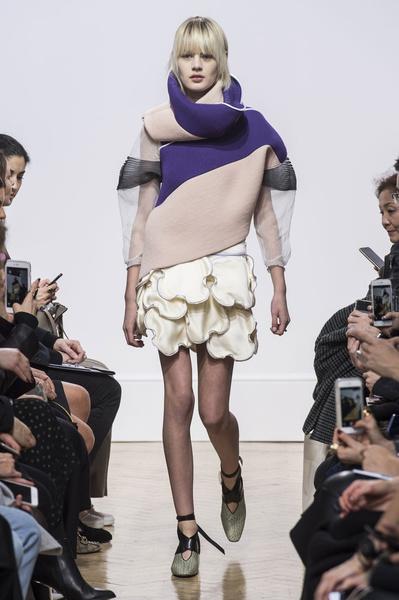 Самые красивые образы Недели моды в Лондоне | галерея [1] фото [62]