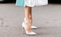Звездный тренд: как носить белые лодочки
