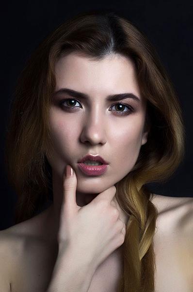 Конкурс красоты «Мисс Волгоград 2018»: фото девушек в соблазнительных нарядах