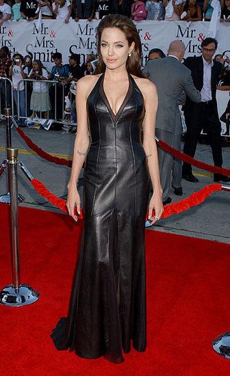 Анжелина Джоли в платье Versace