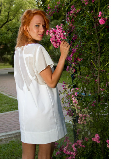 Александра Ребенок в платье марки Chistova&Endourova