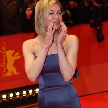 Американские таблоиды сообщили о беременности голливудской актрисы Рене Зеллвегер