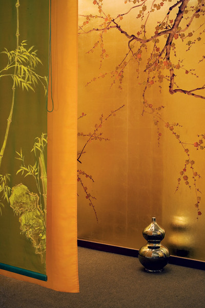 Шелковый твил Plum Blossom, Japanese & Korean Collection, de Gournay, салон De Luxe.