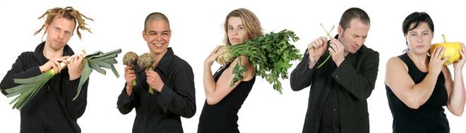 Музыканты оркестра утверждают, что у овощей большая карьерная перспектива, и в будущем они могут стать серьезными конкурентами специальных музыкальных инструментов.