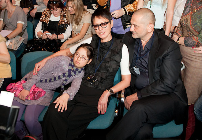 Ирина Хакамада с семьей.