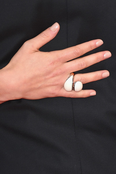 Необычные браслеты и кольца