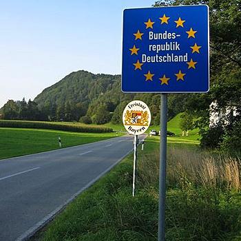 Пересечь страны Шенгена с транзитной визой теперь нельзя - нужно оформлять обычную въездную визу.