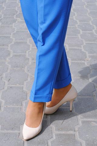 Девушки на высоких каблуках фото