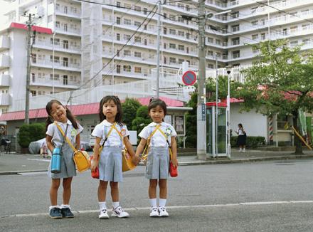Японские дети на улице