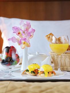 Завтрак в номер в M'Istra'L Hotel & SPA