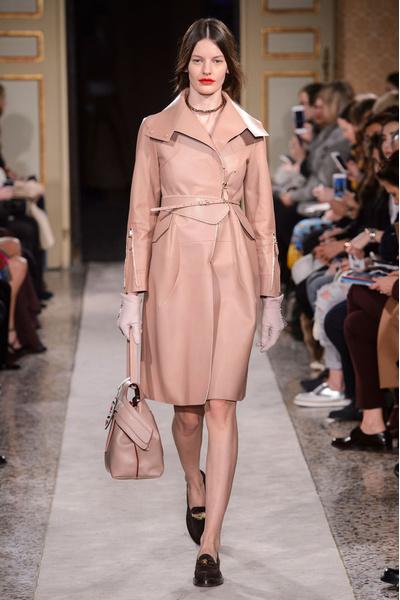 Неделя моды в Милане: 27 февраля | галерея [5] фото [22]