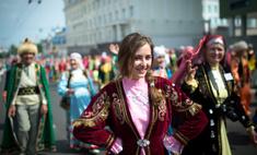 Красота по-башкирски: парад национальных костюмов в Уфе