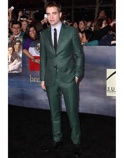 """Роберт Паттинсон (Robert Pattinson) на лос-анджелесской премьере """"Сумерки. Сага. Рассвет. Часть 2"""""""
