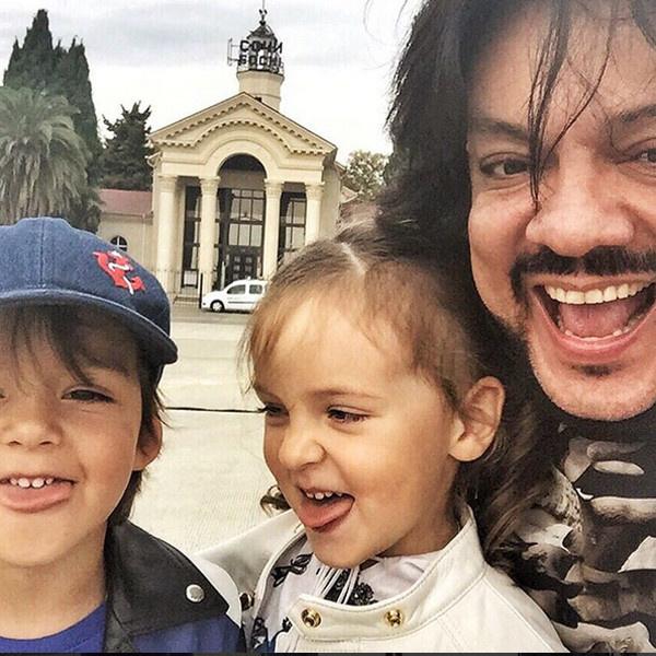 Филипп Киркоров с детьми фото