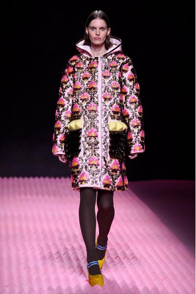 Показ Mary Katrantzou на Неделе моды в Лондоне | галерея [1] фото [9]