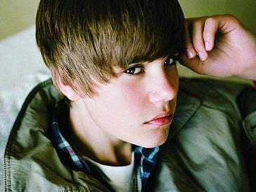 Джастин Бибер (Justin Bieber) скоро отметит 17-летие