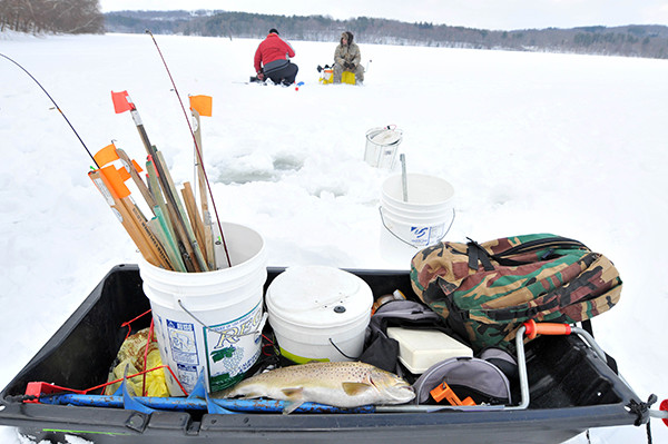 зимняя рыбалка товары распродажа в Тюмени, магазин Айболит