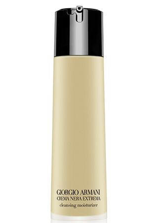 9. Giorgio Armani Гель-масло для снятия макияжа Crema Nera;