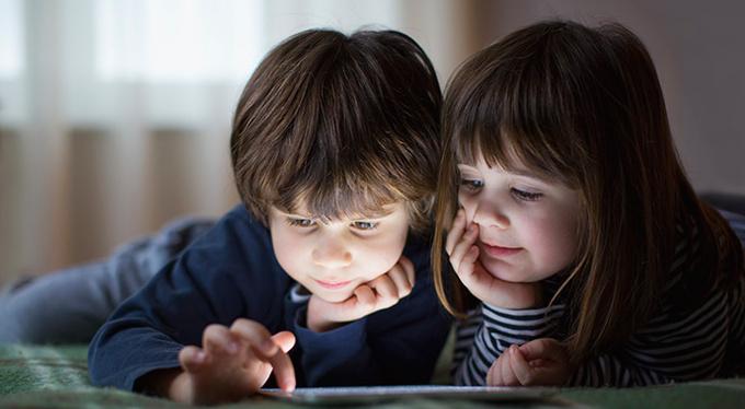 Дети и гаджеты: 7 принципов здоровых отношений